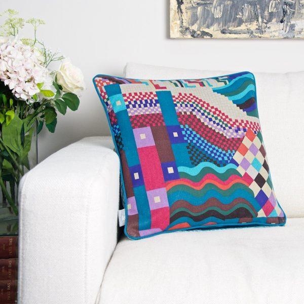 G Jewel cushion Main