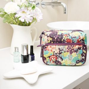 E Forest wash bag main (2)