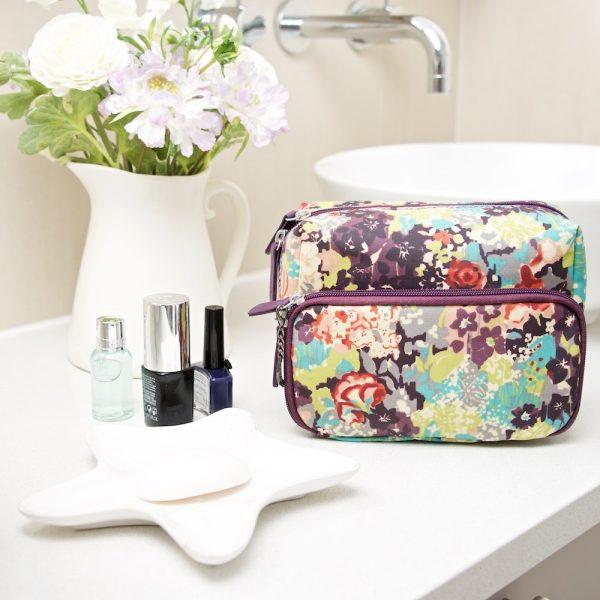 E Forest wash bag main (2)
