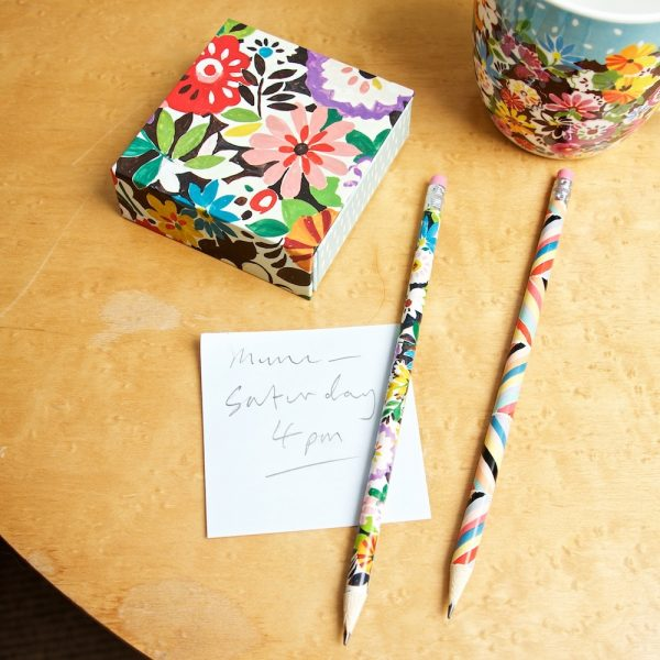 memo-block-closed-pencils-fp-ls-portico