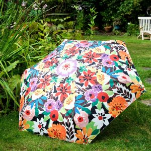umbrella-f-patch-open-on-grass-ls-portico