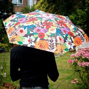 umbrella-up-f-patch-lj-holding-ls-portico